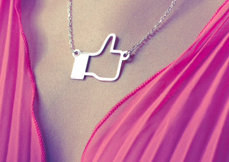 Taking the famous Facebook like Icon into a silver pendant.